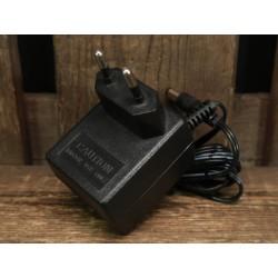 Zoom AD-0006E 9 volt power...