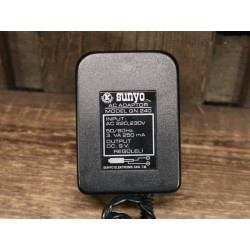Sunyo 9 volt power supply 250mA